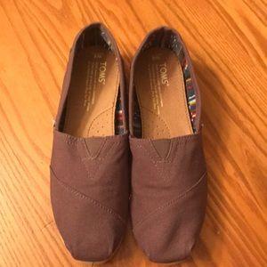 Toms. Hardly worn. Excellent shape